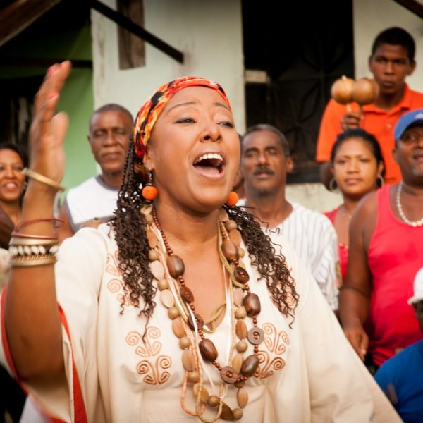 The Voice of Protest: Betsayda Machado Sings Against Hunger in Venezuela
