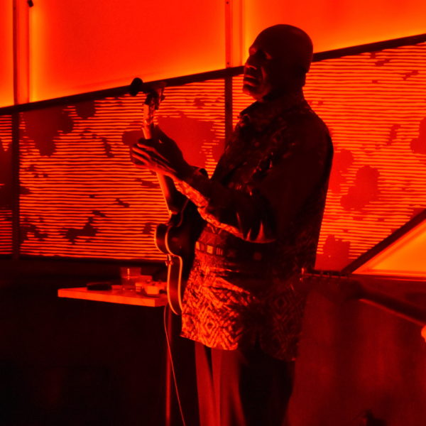 Return of the Show: Yonatan Gat and Mamady Kouyaté at the Sultan Room, May 22, 2021
