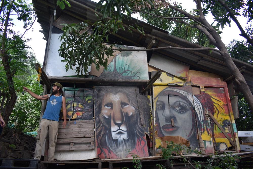 Tiago Lopes at Roots Ativa's HQ in Cafezal, Aglomerada da Serra