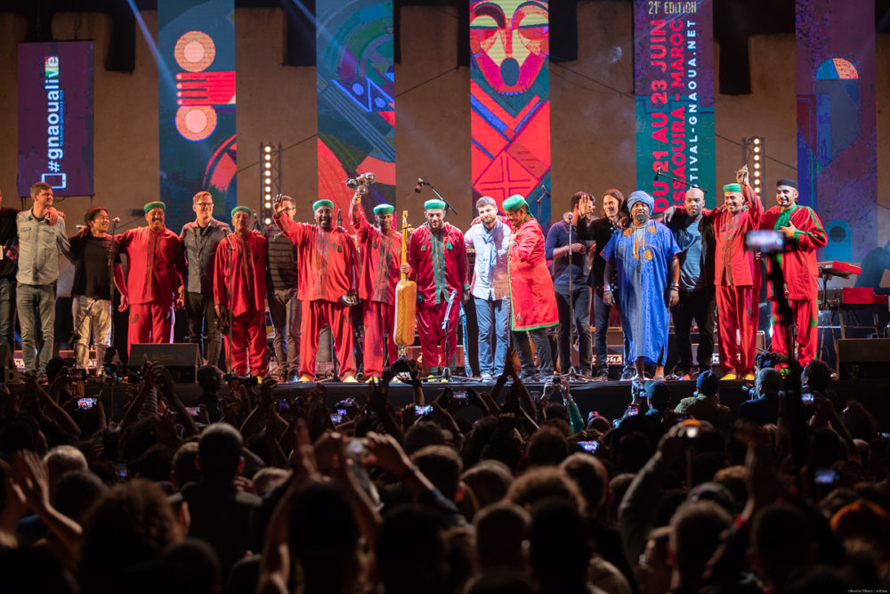 Maalem Lksri and Snarky Puppy take their bows