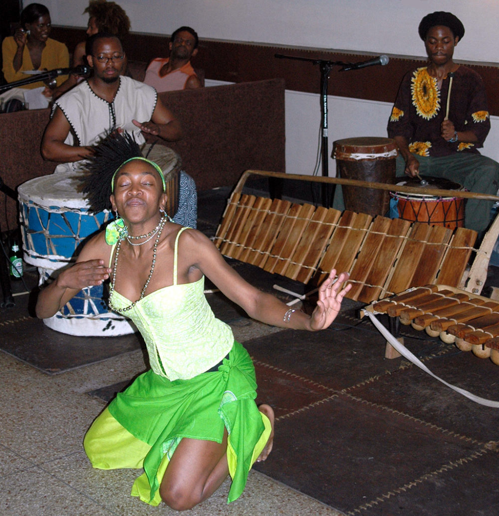 Mozambican musicians Benito, Meme Dine and Lindo Cuna in New York for work with Urban Bush Women (Eyre 2001)