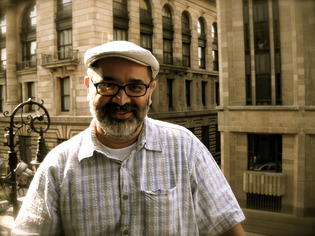 Scholar: Héctor Fernández-L'Hoeste