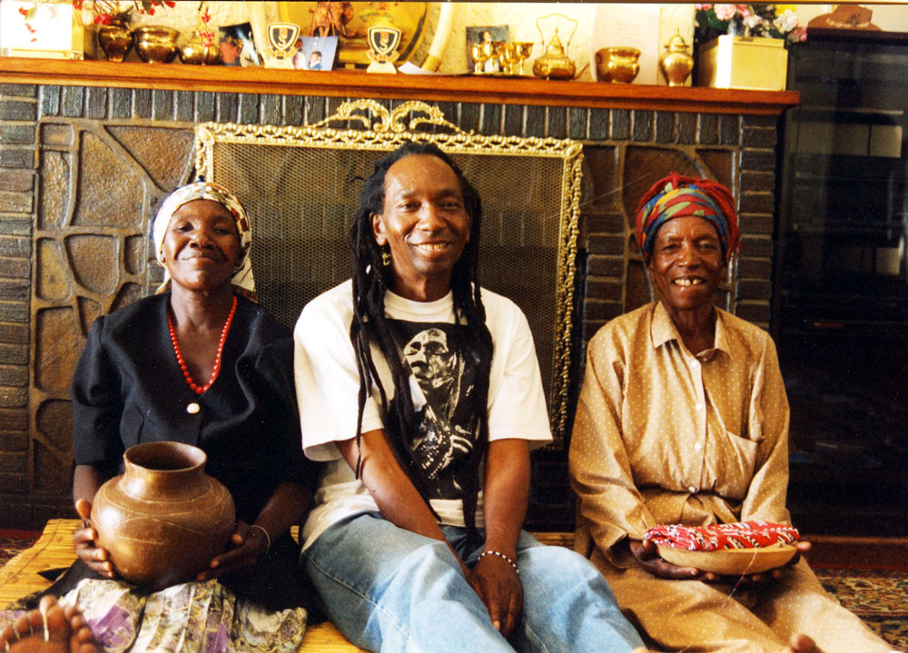 Thomas with mother and sister, Harare (Eyre 1998)