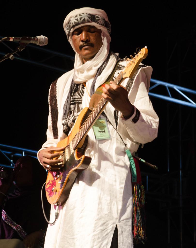 Ahmed Ag Kaedi, Amanar, at Festival Sur le Niger, Segou (Eyre 2016)