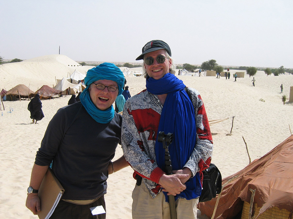 Andy Morgan and Banning Eyre at the Festival in the Desert (Barlow 2003)