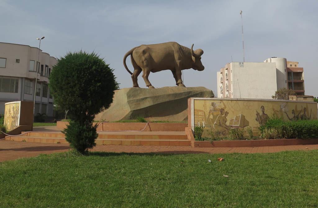 Monument to Sogolon, the Buffalo woman (Eyre 2016)