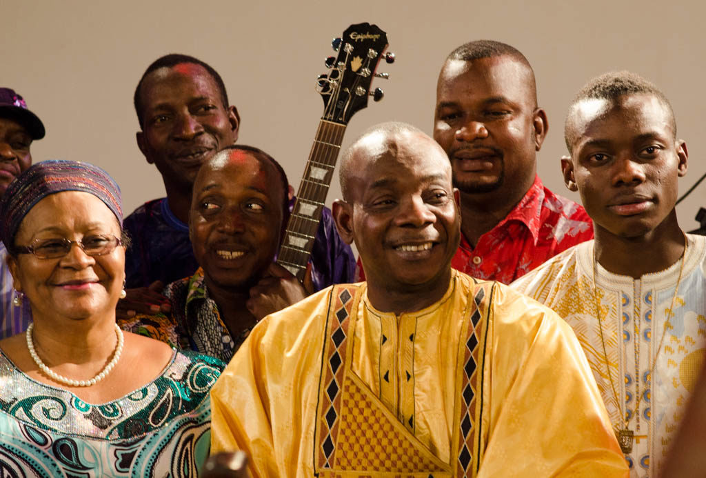 Toumani, Sidiki, musicians and the First Lady of Mali, after the concert (Eyre 2016)