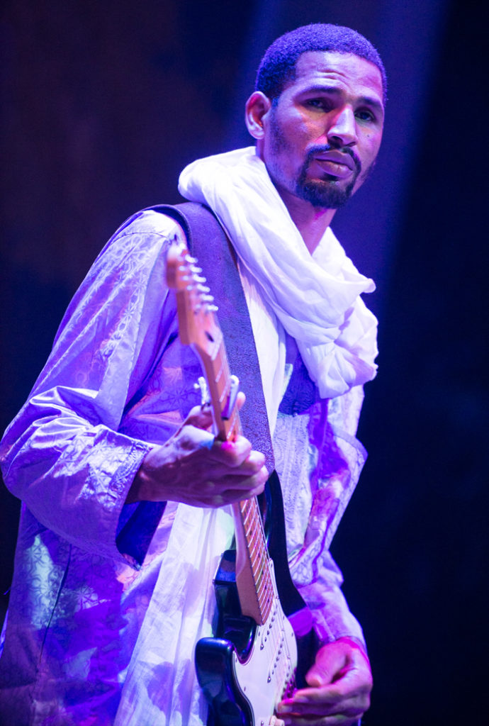 Mdou Moctar at the Lincoln Center Atrium (Eyre 2017)